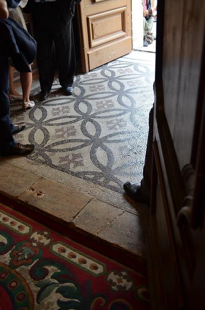 wedding_bordeaux_france_church_mosaic_tile