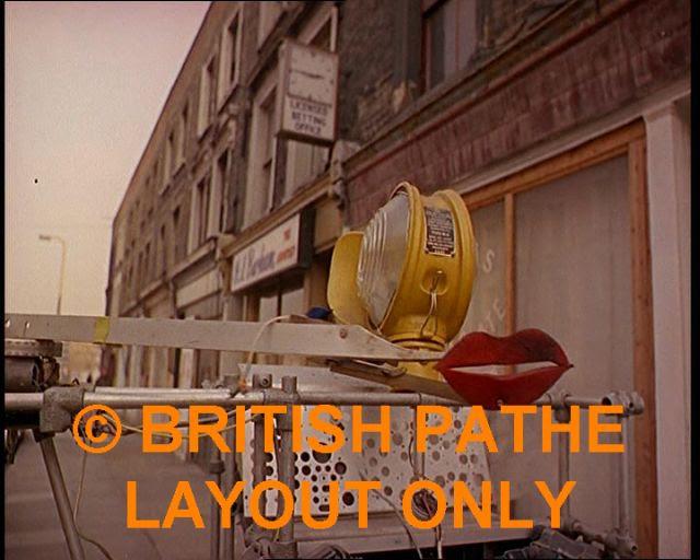 Bruce Lacey RosaBosom robot lacey13 x640 1965   ROSA BOSOM   Bruce Lacey (British)