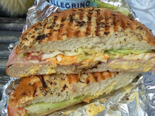 sandwich au pastrami.jpg