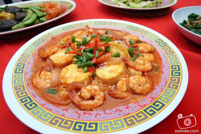 CHINESE-NEW-YEAR-REUNION-DINNER-2010-Tofu-Prawns