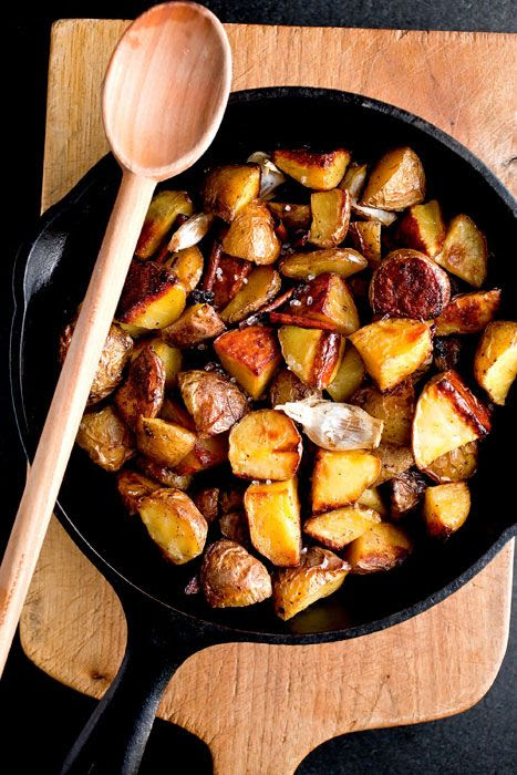 Recipe: Cinnamon Roasted Potatoes || Photo: Andrew Scrivani for The New York Times