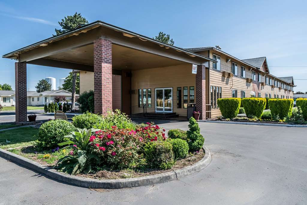 Quality Inn Othello First Class Othello Wa Hotels Gds Reservation Codes Travel Weekly
