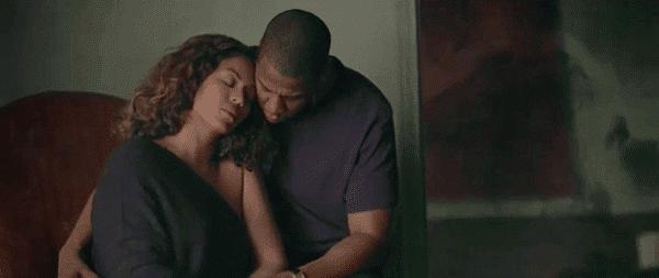 Por que Jay-Z até aceitar a aparecer em tal vídeo?  1) Ele tem que.  2) Qualquer publicidade é boa publicidade 3) Esta não é realmente sobre ele, ele é simplesmente um proxy para o verdadeiro motivo do vídeo.