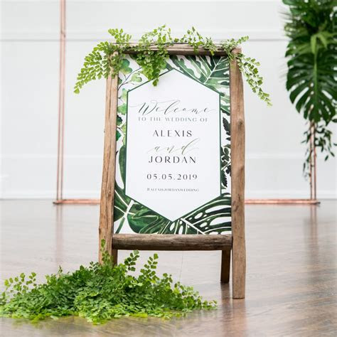 Best Wedding Signs: 31 Wedding Signs You Will Love