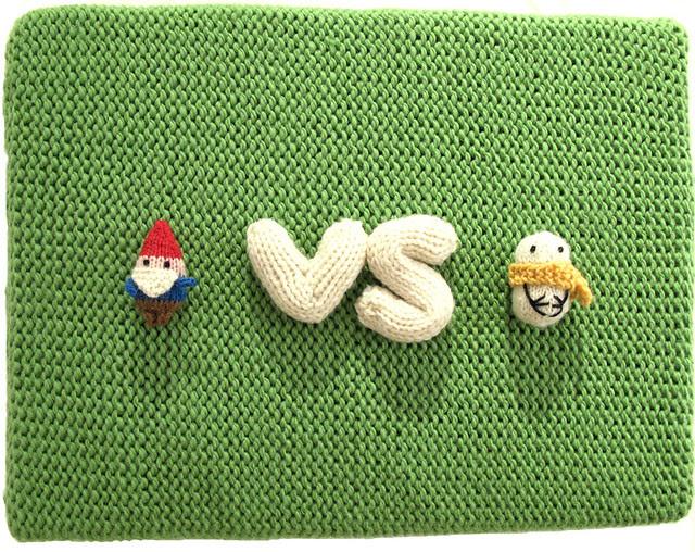 Gnomes vs Snowmen