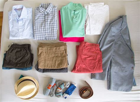 Lean Wardrobe: Packing for a five day jaunt to Hawaii