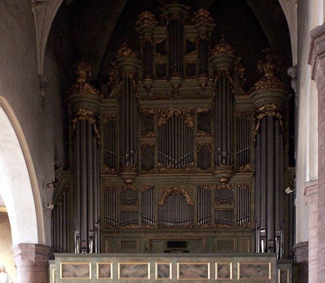 Jakobs kyrka organ.jpg