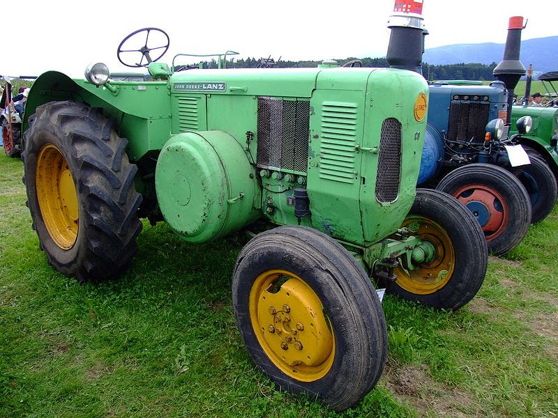 File:JohnDeere-Lanz D6006 60PS 1960.jpg
