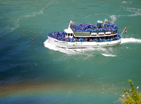 Canadian Maid of the Mist boat approaches the Falls