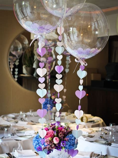 Balloon centrepiece / table decoration with heart strings