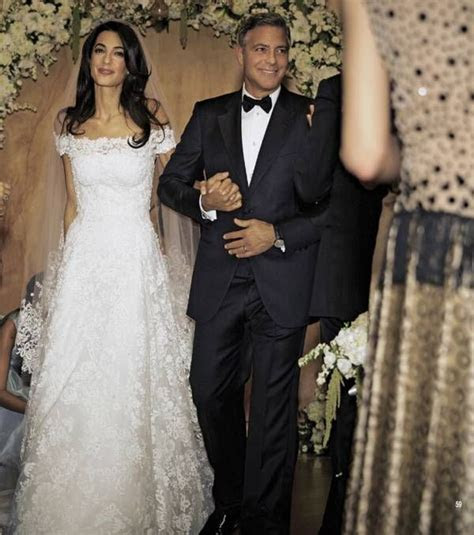 Amal Alamuddin's Oscar de la Renta Wedding Dress at her