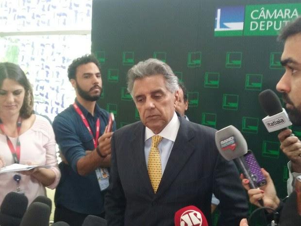 Beto Mansur em entrevista coletiva no Salão Verde da Câmara (Foto: Gustavo Garcia/G1)