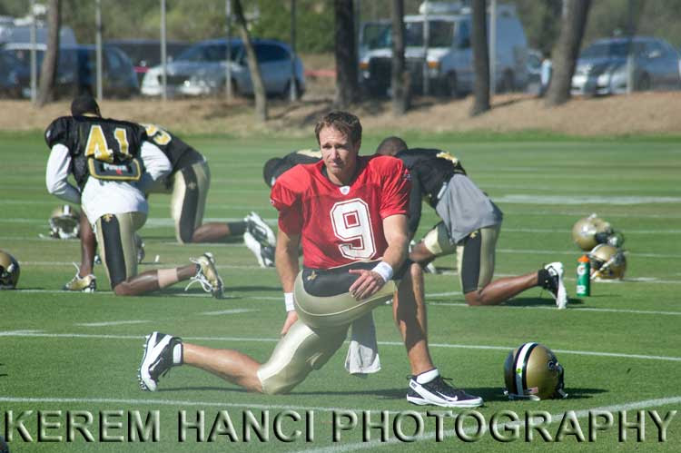 Drew Brees of New Orleans Saints stretching