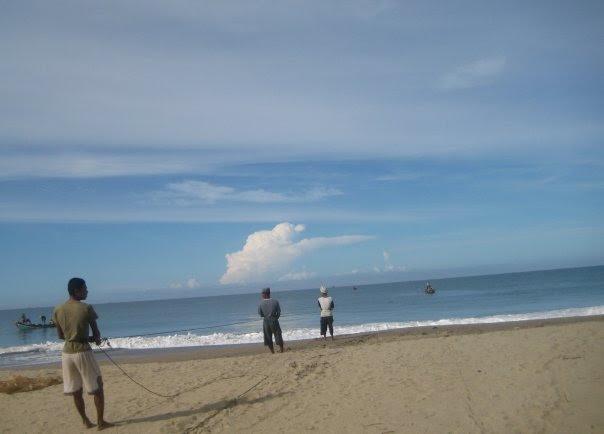 Wisata Pantai Pusong Sangkalan Aceh Barat Daya