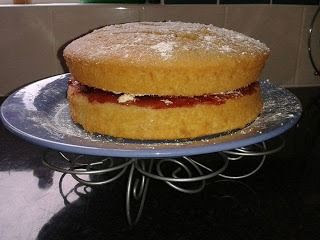 photo VictoriaSandwichsarah_zpsba0484aa.jpg