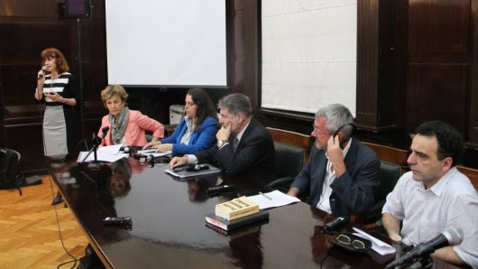 La profesora Sandra M. Wierzba presentó la cuarta edición del encuentro.