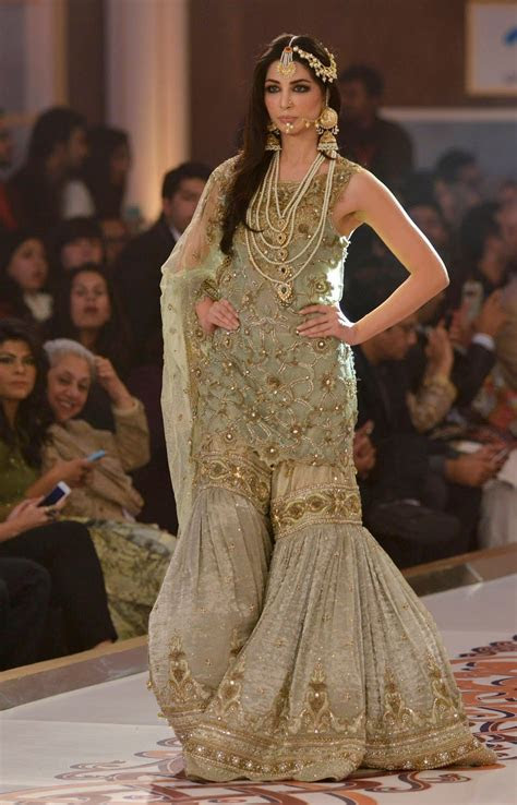 Pakistan Fashion Bridal Couture Week 2015 Lahore in HD