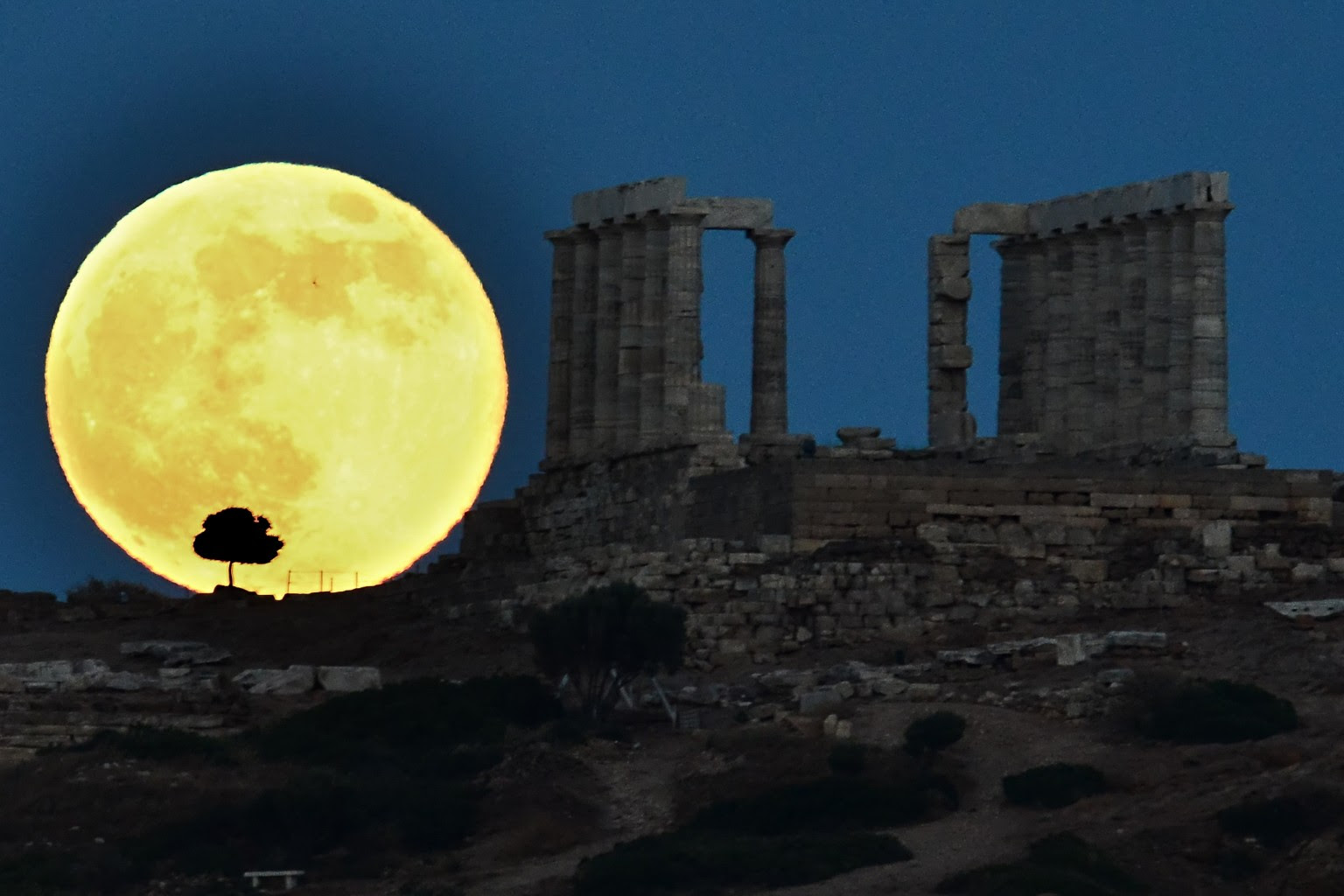 Supermoon 2013 PHOTOS: Pictures Of Year's Biggest Full ...