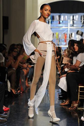 Jean+Paul+Gaultier+Runway+Paris+Fashion+Week+z4kWKB_MSepl