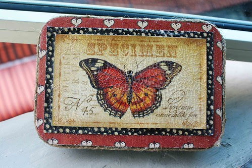 Butterfly tin box