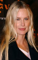 Has Daryl Hannah had cosmetic surgery? (image hosted by nytimes.com)