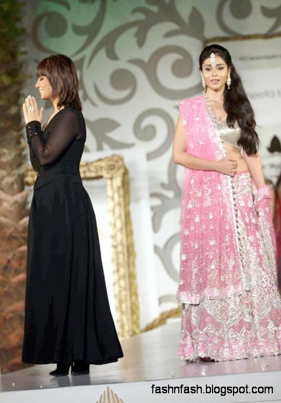 Indian-Pakistani-Bridal-Wedding-Dress-Bridal-Couture-fashion-Show-on-Ramp-9