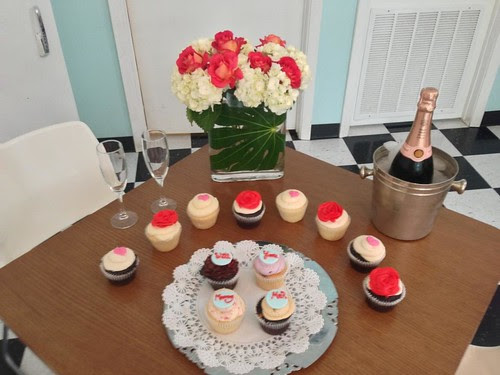 Fwd: Cupcake Engagement