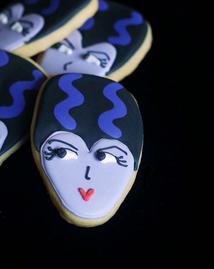 Bride of Frankenstein decorated cookies for Halloween (with full tutorial)