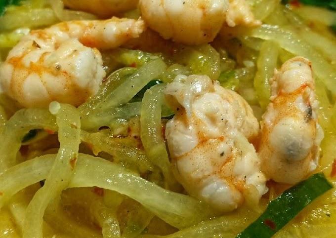 Resep Membuat Zucchini noddle udang bayam zoodle mi sayur timun gluten free Terenak