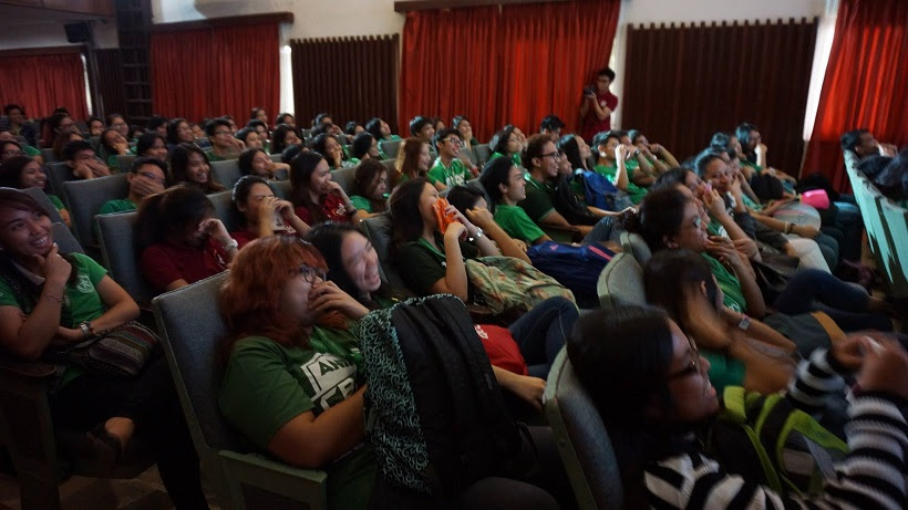 students-entertained-with-the-voicemasters-voice-acting-prowess
