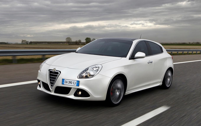 Alfa Romeo Giulietta TCT  Motor Trend