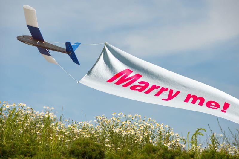 Marry-me-plane