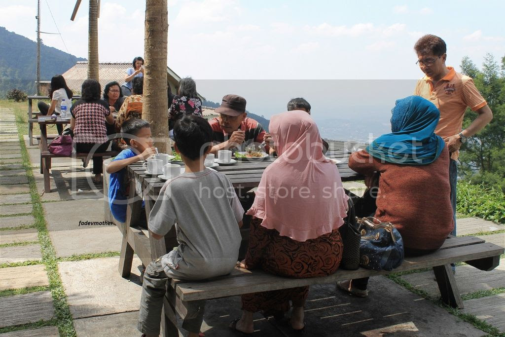 photo makan umbul mukti_zpsoynw1lbl.jpg