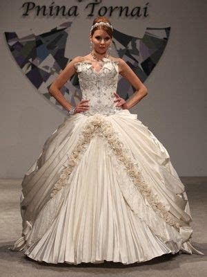 "Pnina Daring""10 Most Daring New Wedding Dresses""\Photo"