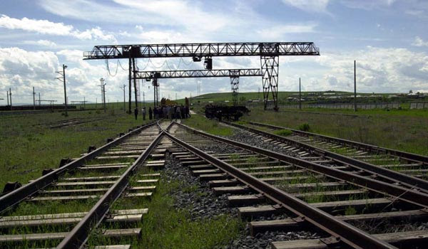 http://www.armenianow.com/sites/default/files/img/imagecache/600x400/iran_railroad.jpg