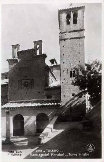 Iglesia de Santiago del Arrabal a principios del siglo XX. Foto Alonso