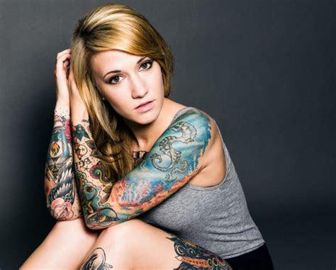 stunning sleeve tattoos women flaunt