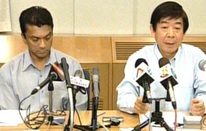 T.T Durai and Health Minister Khaw Boon Wan at...