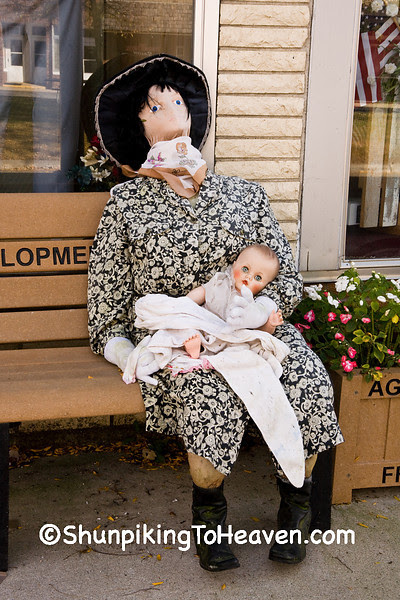 Mother and Child, Scarecrow Mannequins, Ackley, Iowa