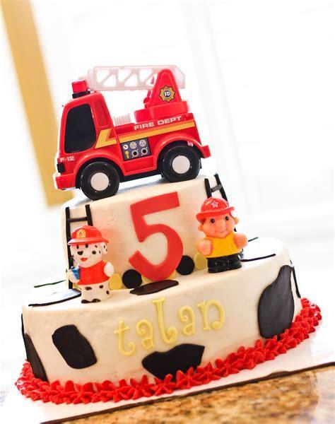 Fire Truck Cakes ? Decoration Ideas   Little Birthday Cakes