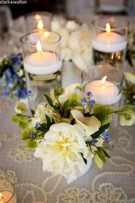 Cute table setting idea! #flowers #white #blue #candles #