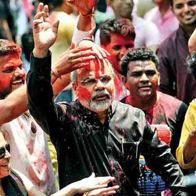 Mumbai's own Narendra Modi look alike basks in reflected glory ...