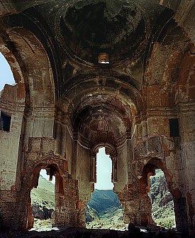 Church of Saint Sargis at Khtzkonk Monastery 25 km southwest of Ani. Click for more. (VirtualANI)
