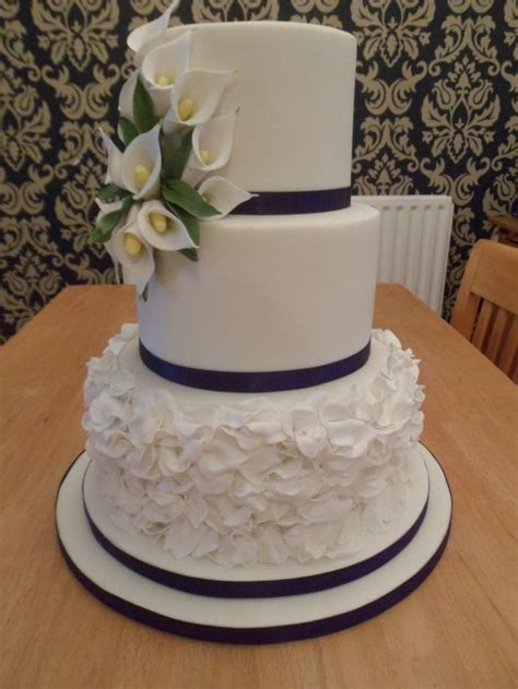 68 best images about wedding cakes on Pinterest   Sugar