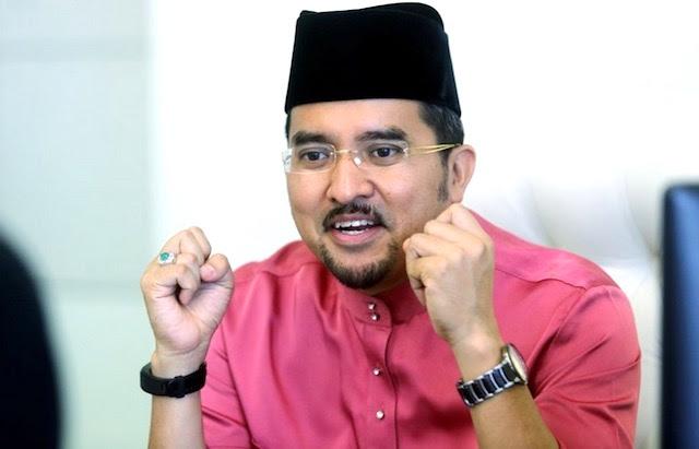 Ini Amaran Asyraf Wajdi Terhadap Kerajaan PH Buat Ahli UMNO Tepuk Tangan