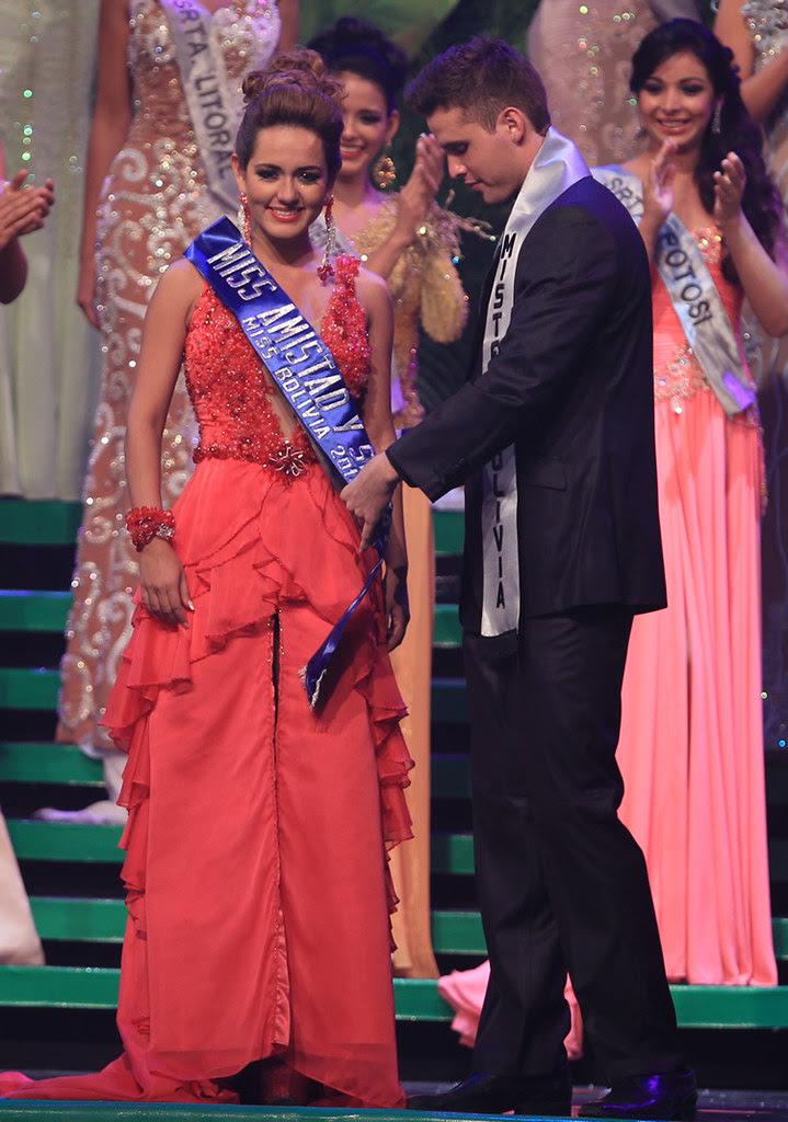 Norah Balcázar, Miss Moxitania 2013, fue elegida Miss Simpatía 2013