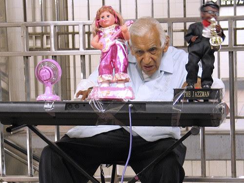 Organ player, NYC