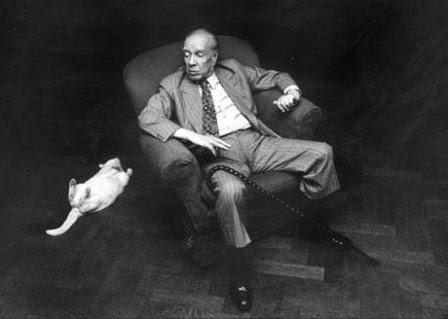 Борхес с котиком