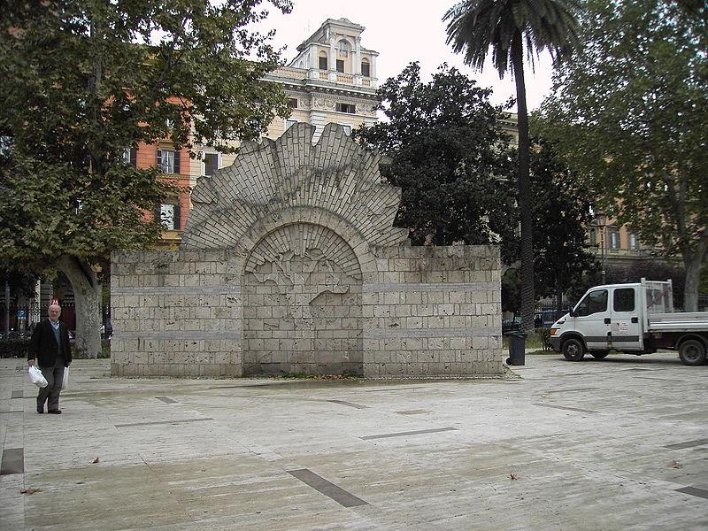 File:Giardini di piazza Vittorio 9511-01.JPG