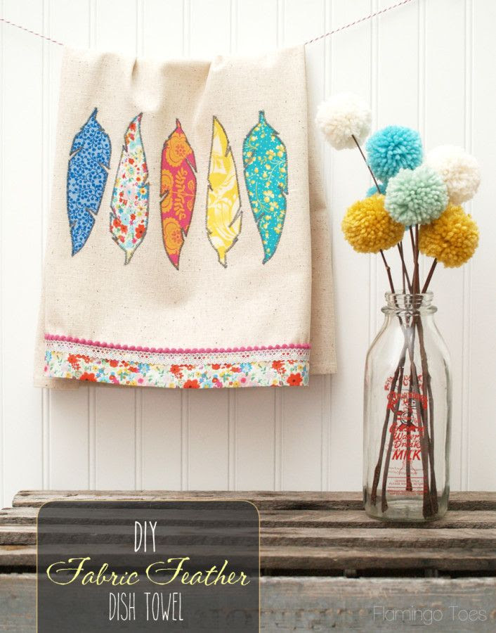 Pretty DIY Fabric Feathers Dishtowel with free pattern!
